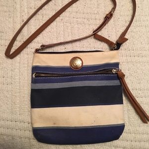 Tommy Hilfiger Small Shoulder/Crossbody Bag